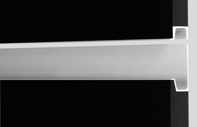 G430 Griffleiste Edelstahlfarbig
